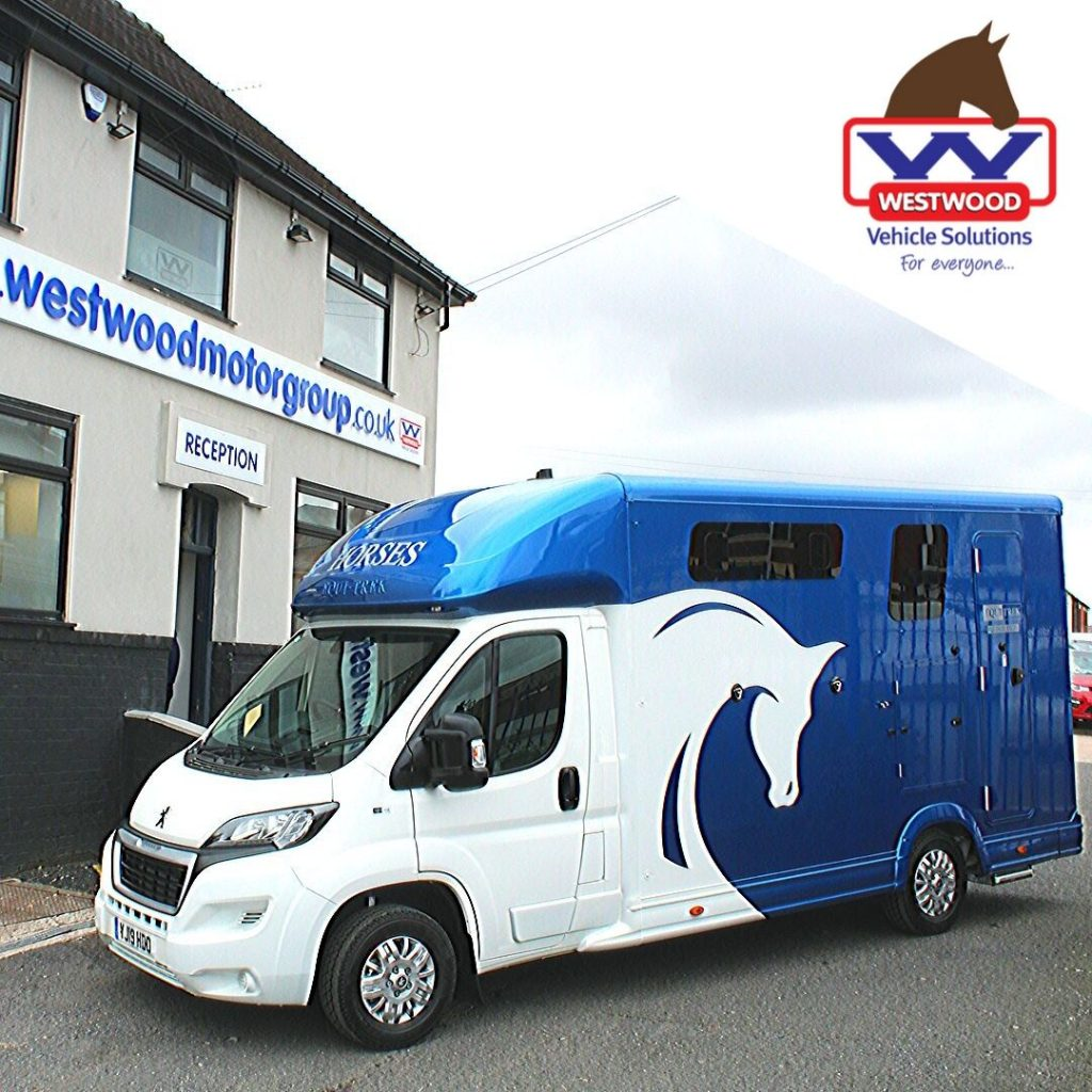 Horsebox Hire Wigan, Equi-Trek Equinox