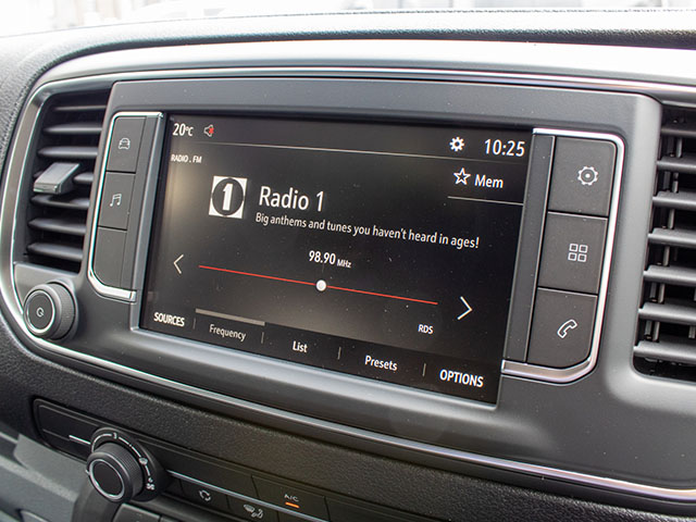 Vauxhall Vivaro Sportive Infortainment